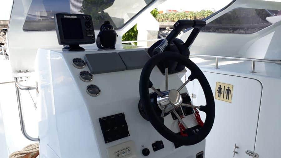 Yacht charter catamaran