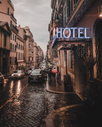 Hotel license requirements